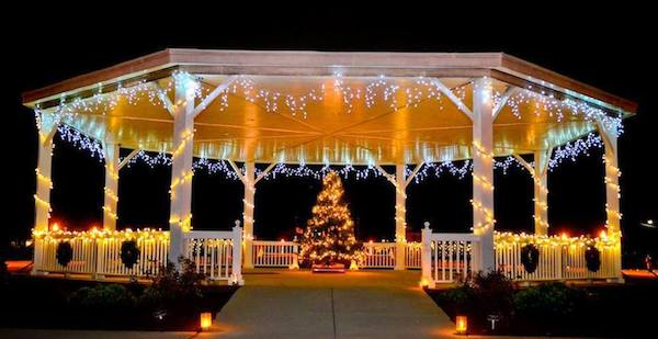 GRAND ILLUMINATIONChris Glennon shot this photo of the Gazebo with just the right touch of ice on the 'sicles.