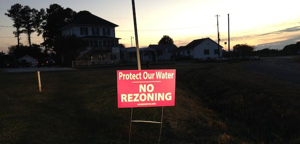 """NO REZONING"" signs are popping up like mushrooms around Northampton County. (Wave photo)"